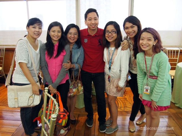Food bloggers with Felyne and Sheena of GMA