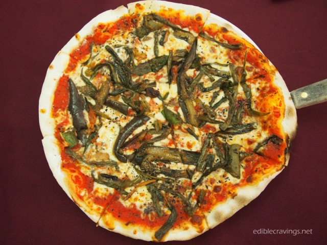 Cafe Leona Pinakbet Pizza